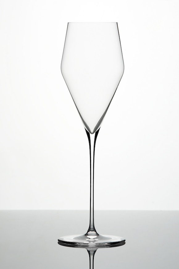 Crystal diamond-shaped Champagne flute from Zalto